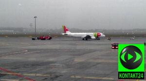 Awaria silników uziemiła samolot
