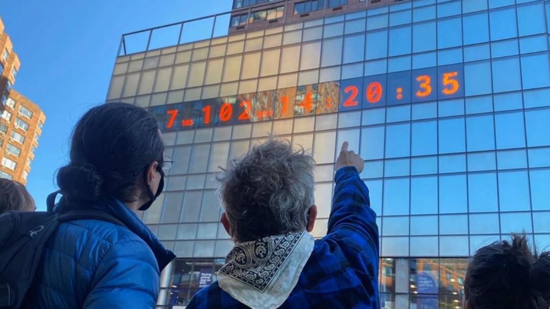 Zegar w Nowym Jorku odlicza czas do katastrofy klimatycznej